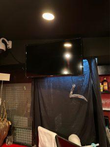 テレビ天吊り工事