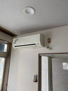 杉並区エアコン交換 室外機天吊り