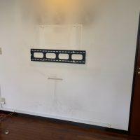 川崎市85型テレビ壁掛け工事、テレビ壁掛け設置
